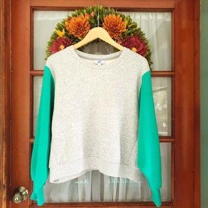 ☆NWOT☆ JOYLAB Gray & Green Cropped Pullover